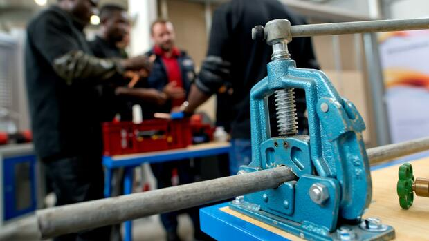 Bank Dunia Mempromosikan Piagam Pekerja Terampil