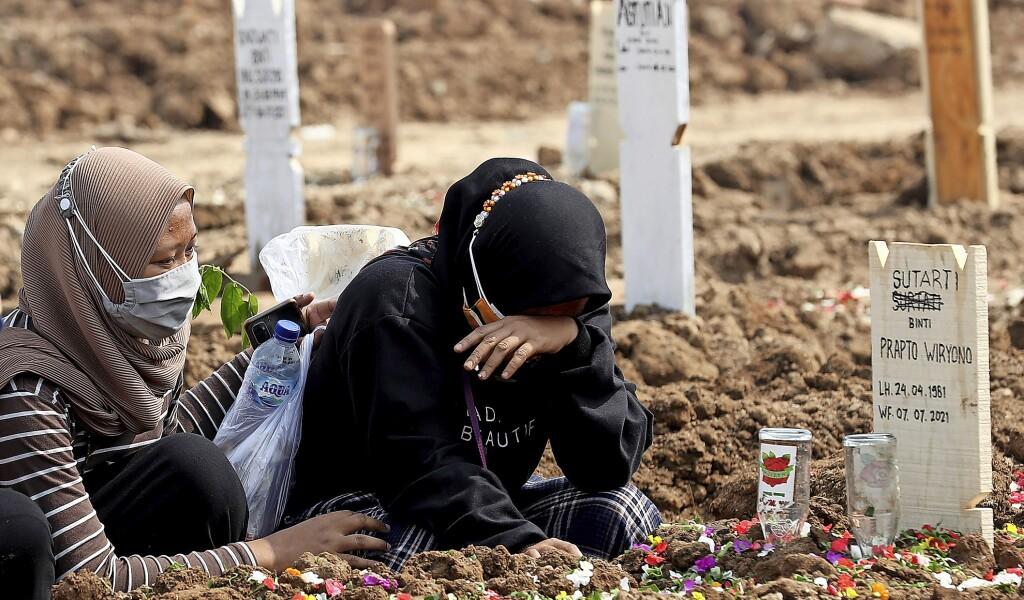 Indonesia kekurangan oksigen - di luar negeri