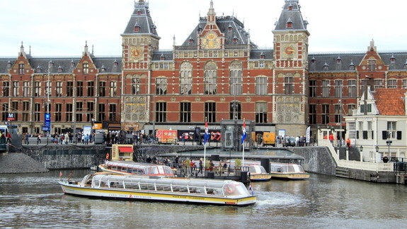 Insiden saat ini menurun - aturan dan prosedur untuk memasuki Belanda