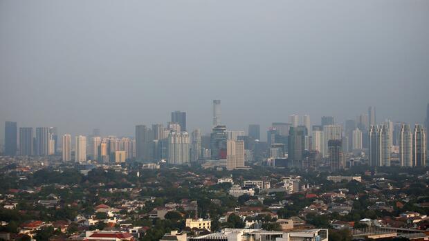 Bagaimana Indonesia berjuang melawan reputasinya sebagai pendosa iklim