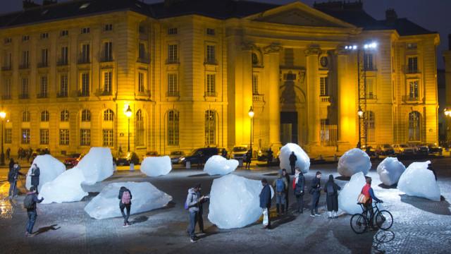 Das Treffen in Glasgow soll an den Erfolg des Klimagipfels in Paris anknüpfen: Eisskulptur des Kün